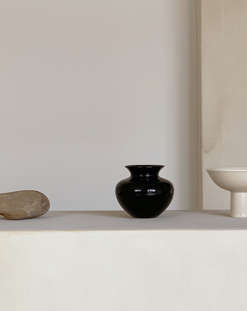 Moon and Sand│Round Vase (Black)