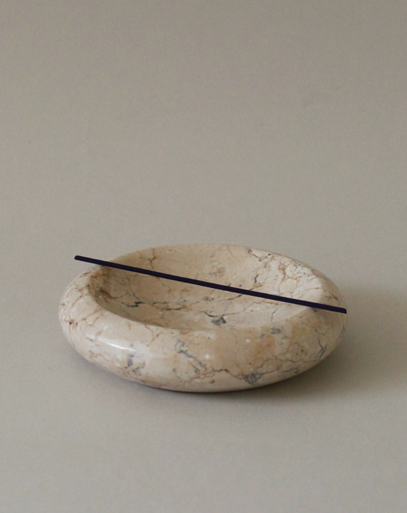 Crema Marble Plate (Tube)