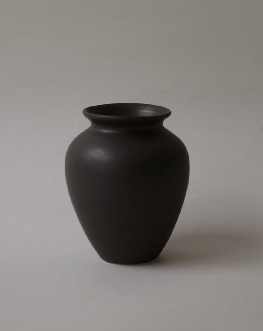 Jar Vase (Night Rain)