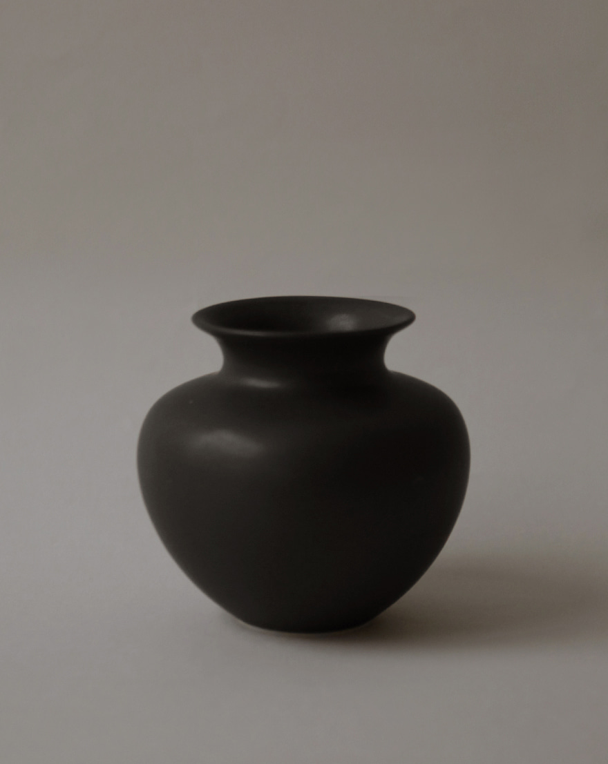 Moon and Sand│Round Vase (Night Rain)